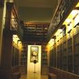 13.図書室